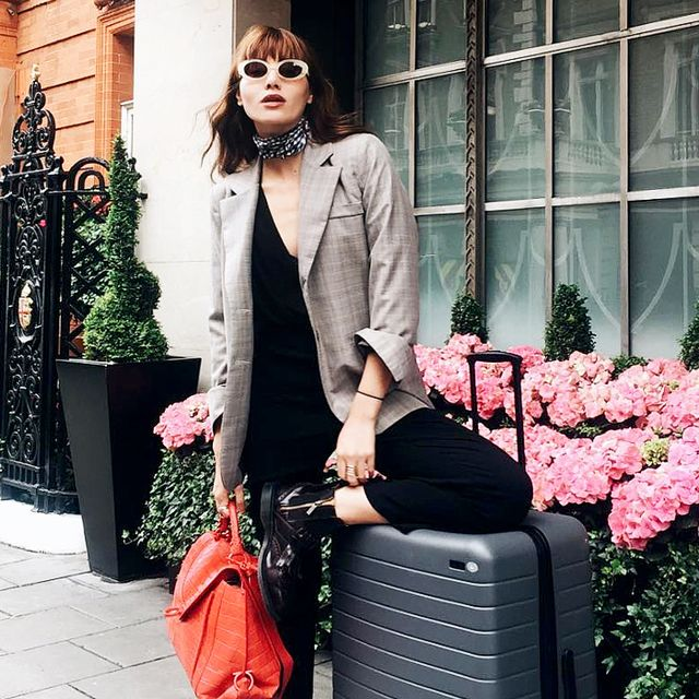 8 Easy Travel Outfits You Should Always Have on Hand