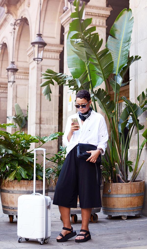 Button-Down + Culottes + Flatform Sandals