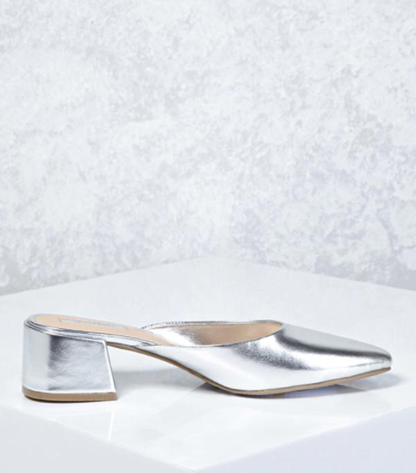 Round Toe Metallic Mules
