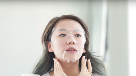 Watch: Our Editorial Director Tries the New St. Tropez Self-Tanning Sheet Mask