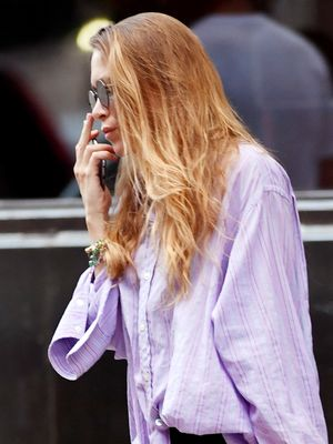Is This the New It Bag Style We Need to Try, Mary-Kate Olsen?