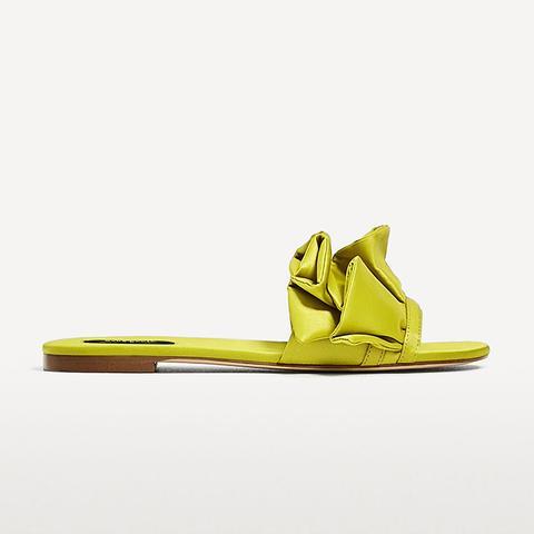 Frilled Slides