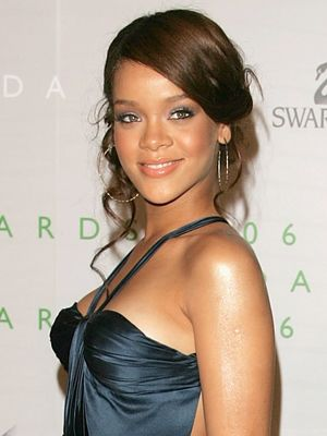 What Rihanna, Beyoncè, and the Olsens Wore to Their First CFDA Awards