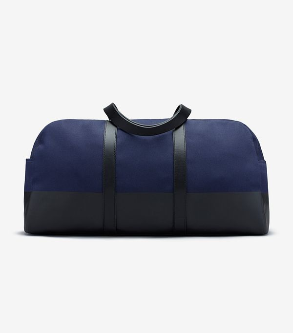 Women's Dipped Weekender Bag by Everlane in Navy / Black
