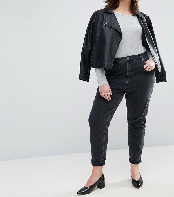 ASOS CURVE FARLEIGH High Waist Slim Mom Jeans In Washed Black
