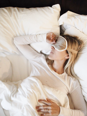 Yep, Going to Bed Late and Sleeping In Is Bad for Your Health (and Your Mood)