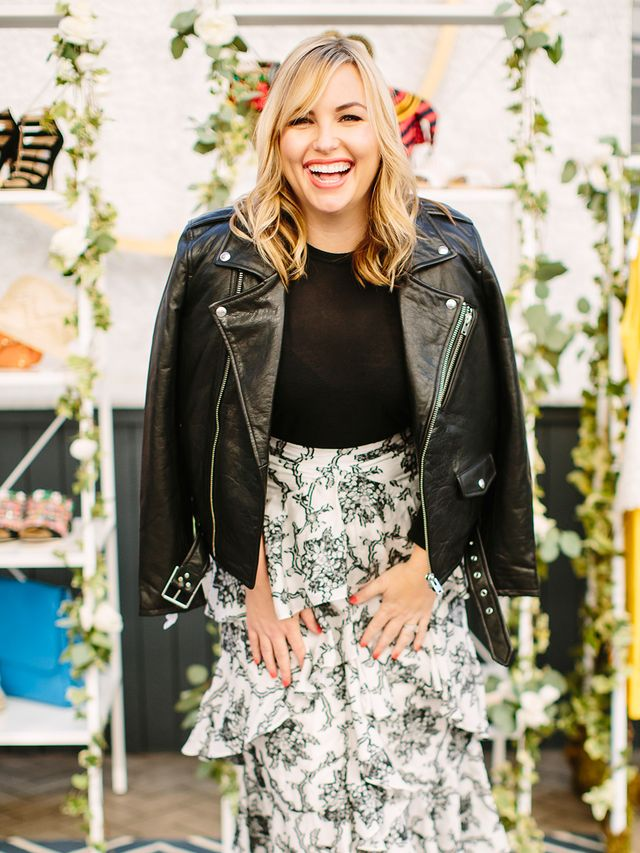 Hillary Kerr wore a skirt from THE OUTNET and couldn't help but flash a smile from ear to ear. She paired the ruffled floral number (super on trend for this season, we might add) with a black...
