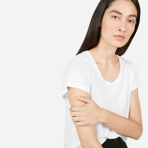 Women's Linen Scoop-Neck Tee by Everlane in White, Size L