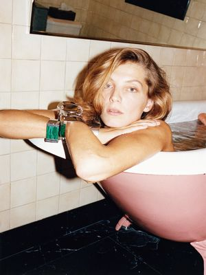 How to Pamper Yourself This Long Weekend, By the Laziest Beauty Editor in Town