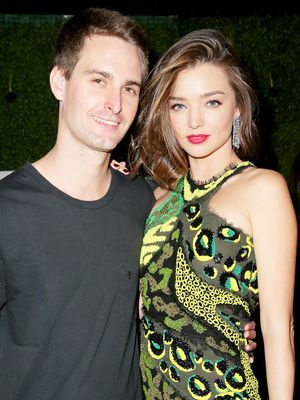 Miranda Kerr's Stunning Wedding Band Has Over 20 Diamonds