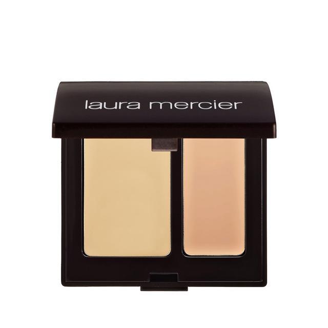 How to apply foundation: Laura Mercier Secret Camouflage Concealer