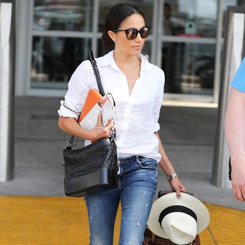 Meghan Markle airport outfit