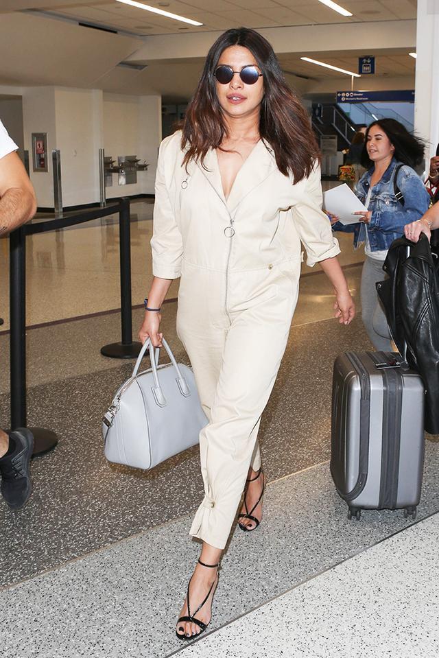 airport style priyanka chopra