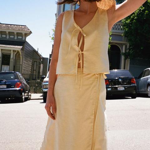 Capri Linen Tie Top in Limoncello