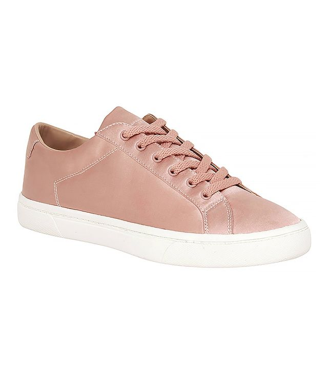 Who What Wear Hazel Lace Up Sneakers in Blushing