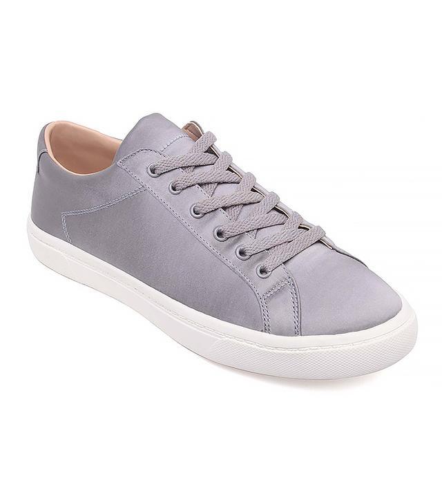 Who What Wear Hazel Lace Up Sneakers in Grey
