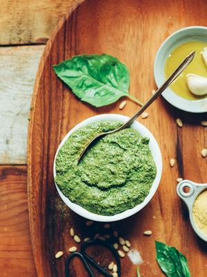 4 Crazy-Delicious Vegan Pesto Recipes to Make on the Regular
