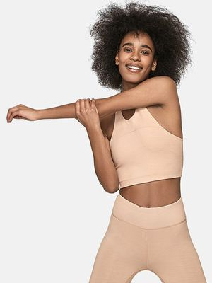 This It Brand Is Officially Endorsing Nude Leggings