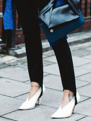 The #1 Heel Style This Major Fashion Designer Won't Wear With Leggings