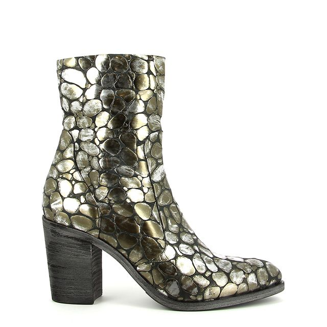 The Best Metallic Boots For Winter | WhoWhatWear AU