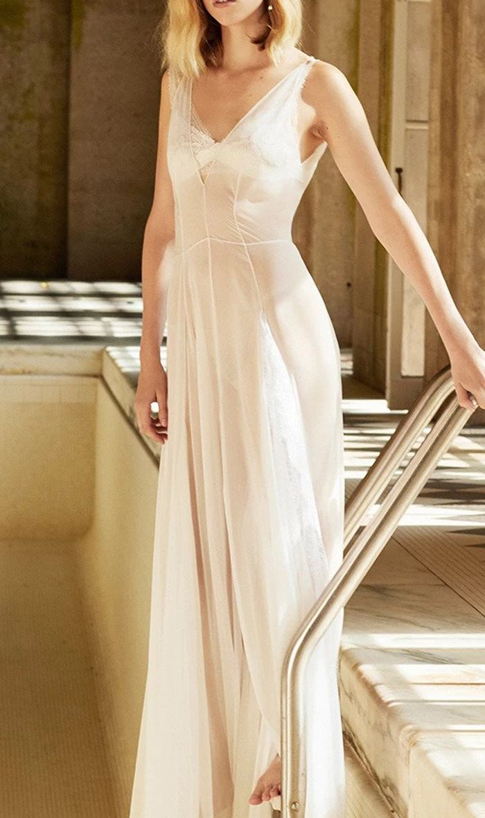 20 Simple Wedding Dresses For The Minimalist Bride Who What Wear