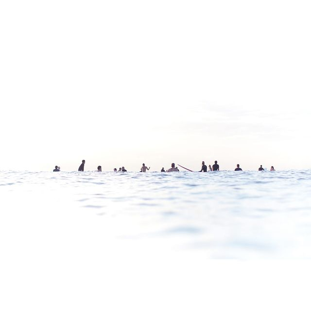 Aquabumps 'White Line Up' Print