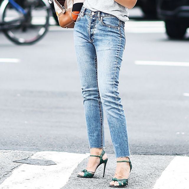 Affordable skinny jeans: Miroslava Dumas in skinny jeans