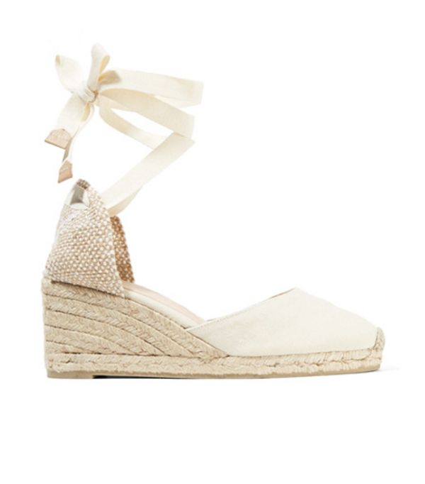 Outfits Bloggers are wearing now: Carina Canvas Wedge Espadrilles