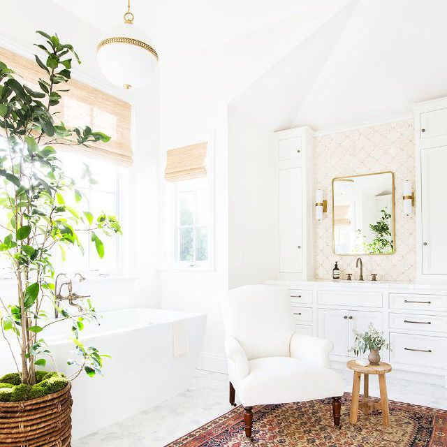 Painting Your Bathroom This Color Increases Your Home's Value by $5440