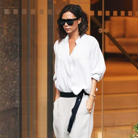 Victoria Beckham style: Baggy Trousers and Flat Shoes CAN Be Combined