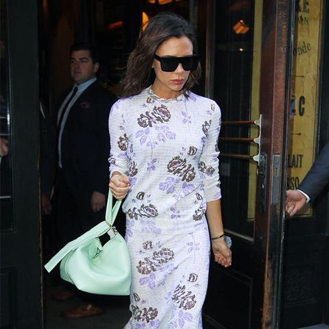 Victoria Beckham style: Black Sunglasses Go With Everything