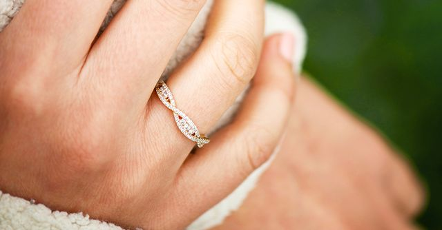 20 vintage style wedding bands whowhatwear - Vintage Inspired Wedding Rings