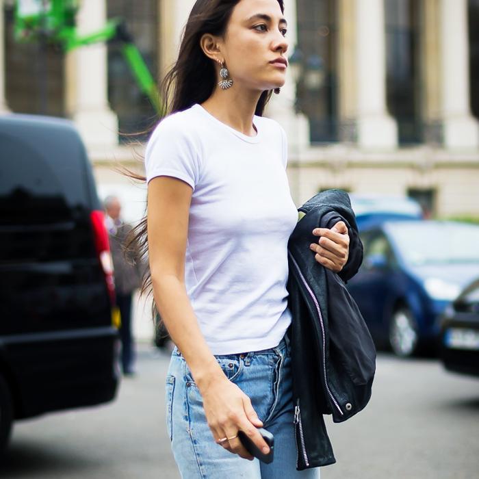 white t shirt style women