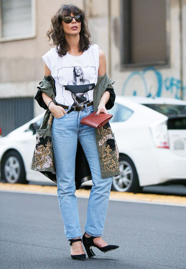 How to dress up a white tee and jeans: interesting heels and drape a jacket