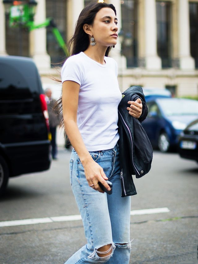How to dress up a white tee and jeans: cropped flare and flats