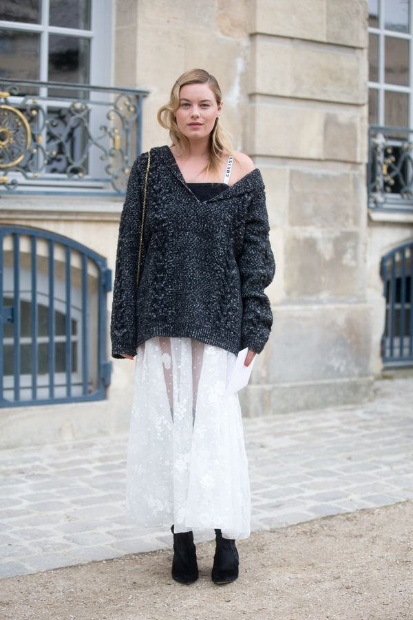 Oversize Sweaters Can Be Elegant
