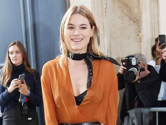 Camille Rowe Is the Laid-Back French Girl We All Want to Dress Like