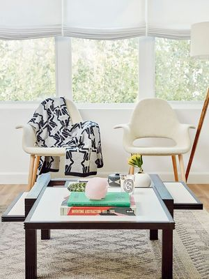"3 Common Items a Feng Shui Expert Tosses ASAP When ""Diagnosing"" a Home"