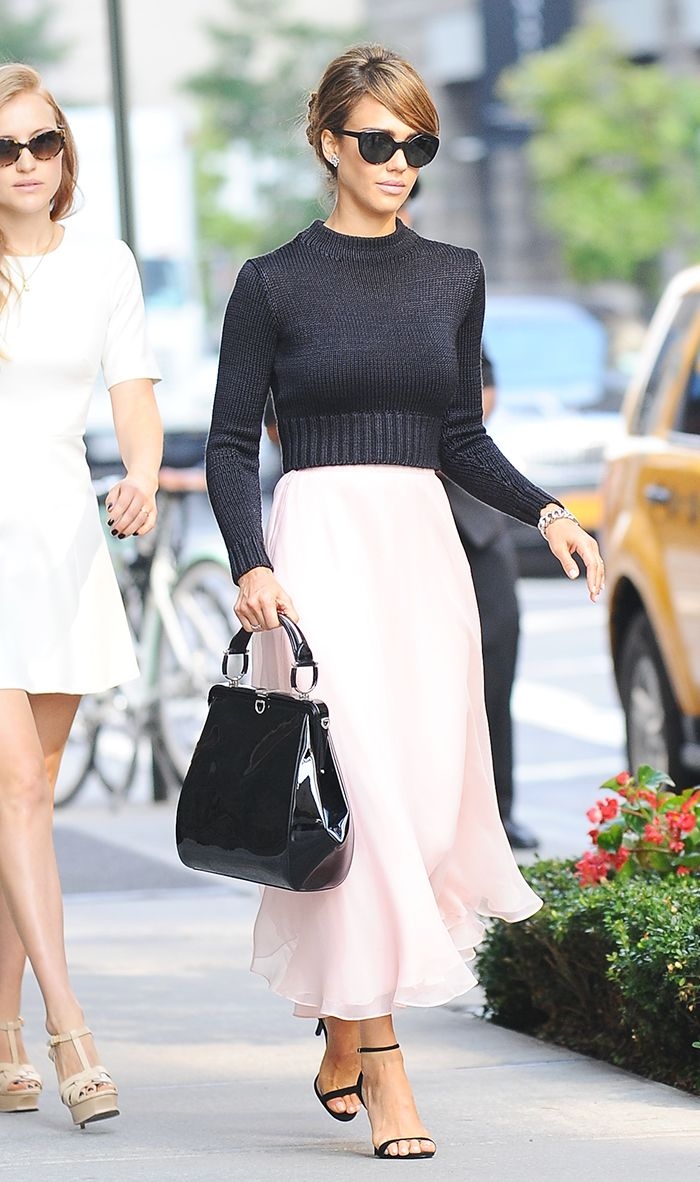 954cbdbe1e007c Jessica Alba s Most Stylish Looks Ever