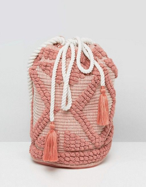 Drawstring Shoulder Bag In Lullaby Pink