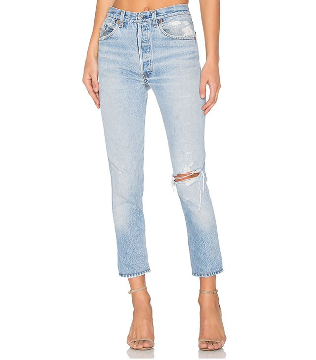 Levis High Rise Ankle Crop. - size 30 (also in 23,24,25,26,27,28,29)