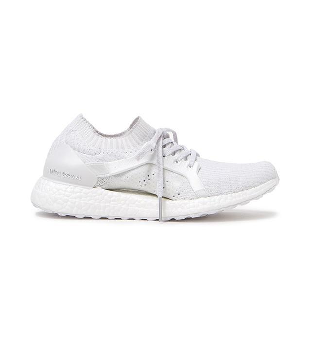 UltraBOOST X in White/Grey
