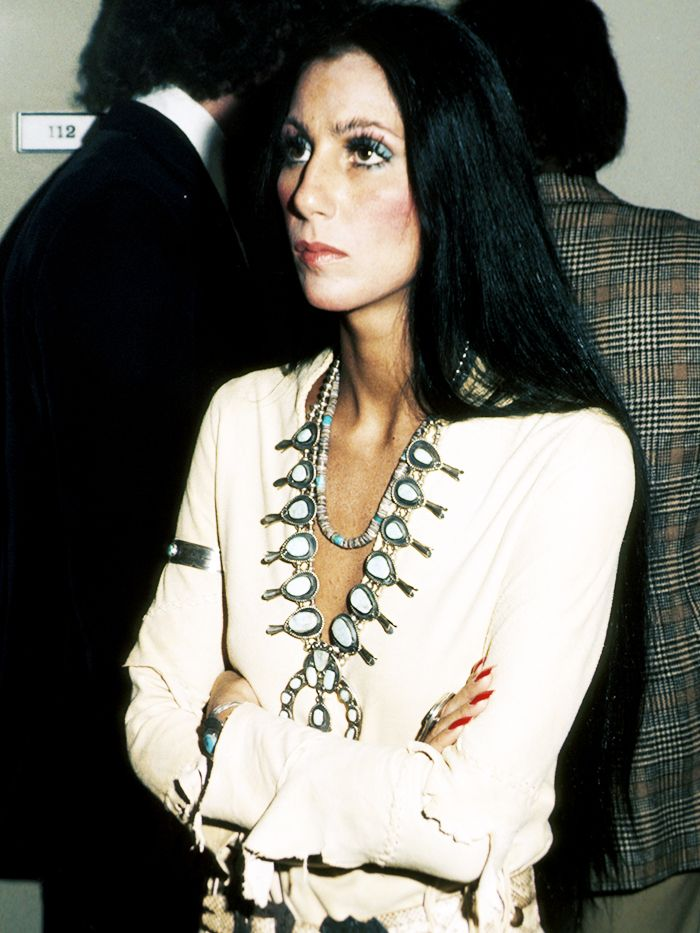 Cher's Retro Style Is Everything Right Now | Who What Wear