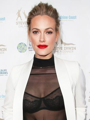 Peta Murgatroyd's Wedding Gown Is So Beautiful and Dramatic
