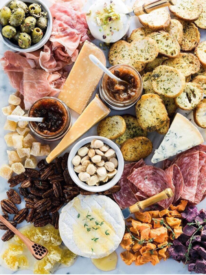 How to Build the Instagram-Worthy Cheese Platter of Your Dreams