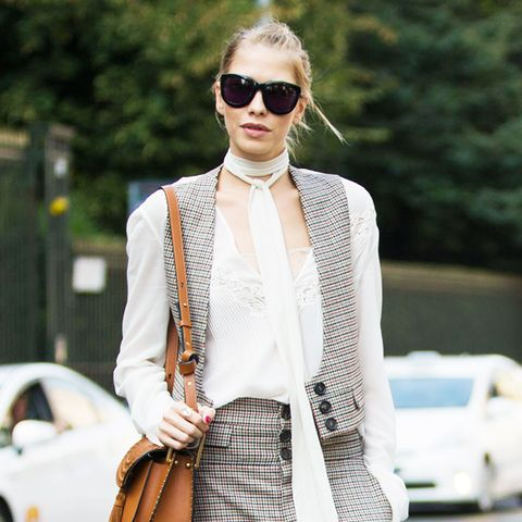 10 Stylish Ways to Tie a Silk Scarf, From Fashion Girls