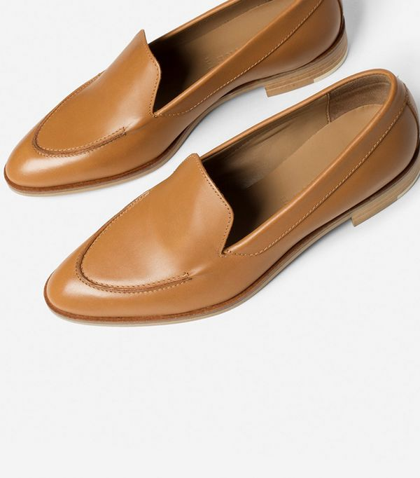 Women's Loafers by Everlane in Camel, Size 5