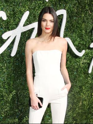 Kendall Jenner Does This During TV Commercials to Stay in Model-Worthy Shape