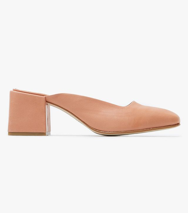 These Are the Most Aging Shoe Styles: Vale Heel in Mango