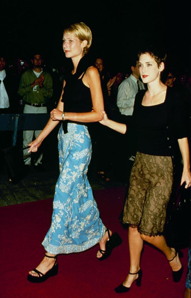 Gwyneth Patrow '90s style:  with Winona Ryder
